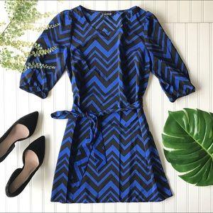 Dresses & Skirts - Chevron waist tie dress blue black lightweight